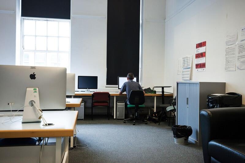 computer-room-415141_1920